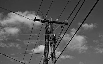 black-and-white-2662699_1920.jpg